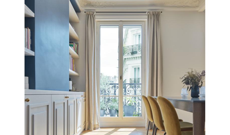 Porte-fenêtre en bois sur mesure